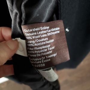 Danier Jackets & Coats - Beautiful Danier size small trench